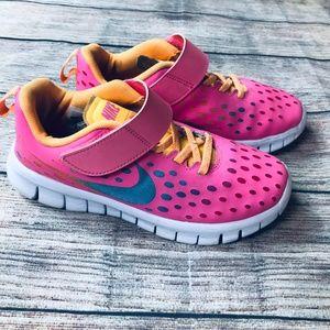 Girls 1Y Nike tennis shoe
